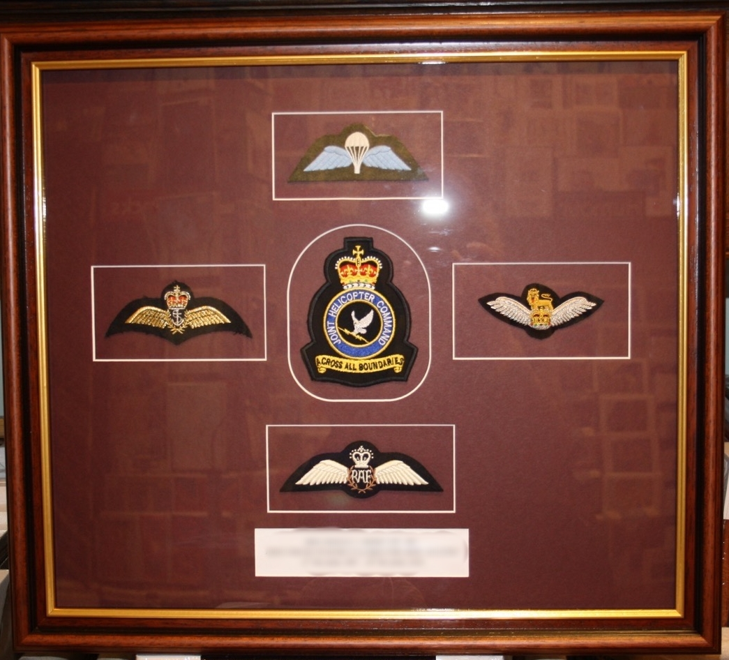 hampshire-picture-framing-specialist-mounting-015.JPG