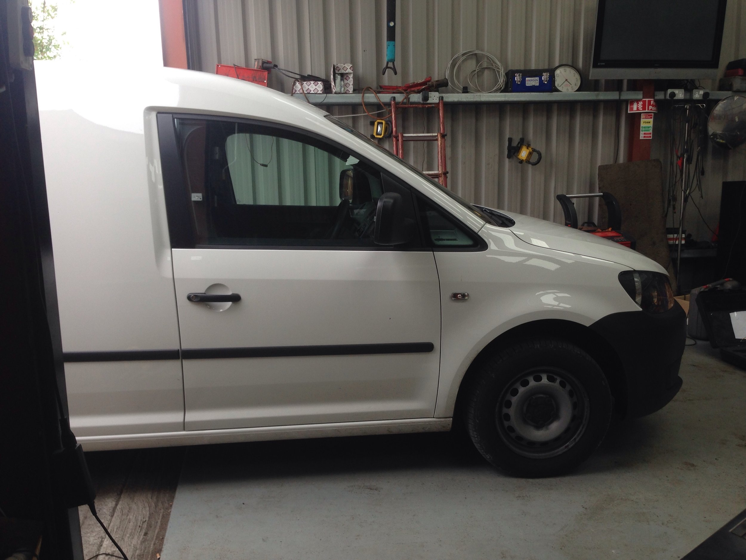 VW CADDY 1.6TDI 75BHP TUNED TO 140BHP.jpg