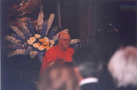 H.E. Bernard Cardinal Law, Archpriest of Santa Marie Maggiore, greets the crowd of nearly 2,000 pilgrims.