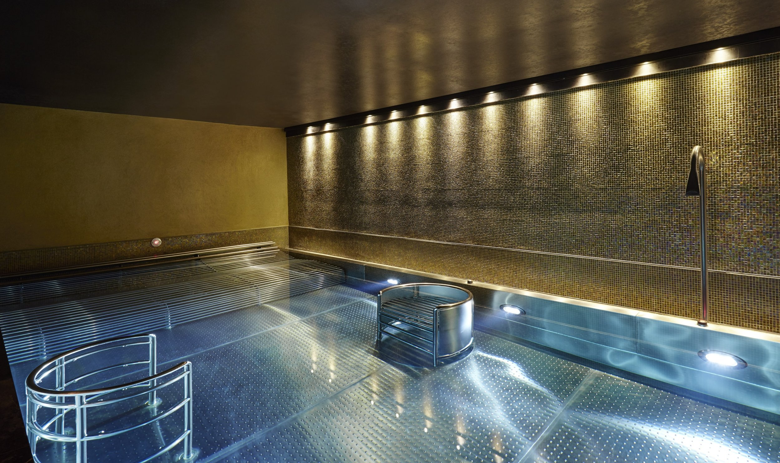 WATER THERAPY: Subterranean Hydrotherapy pool with Jacuzzi jets