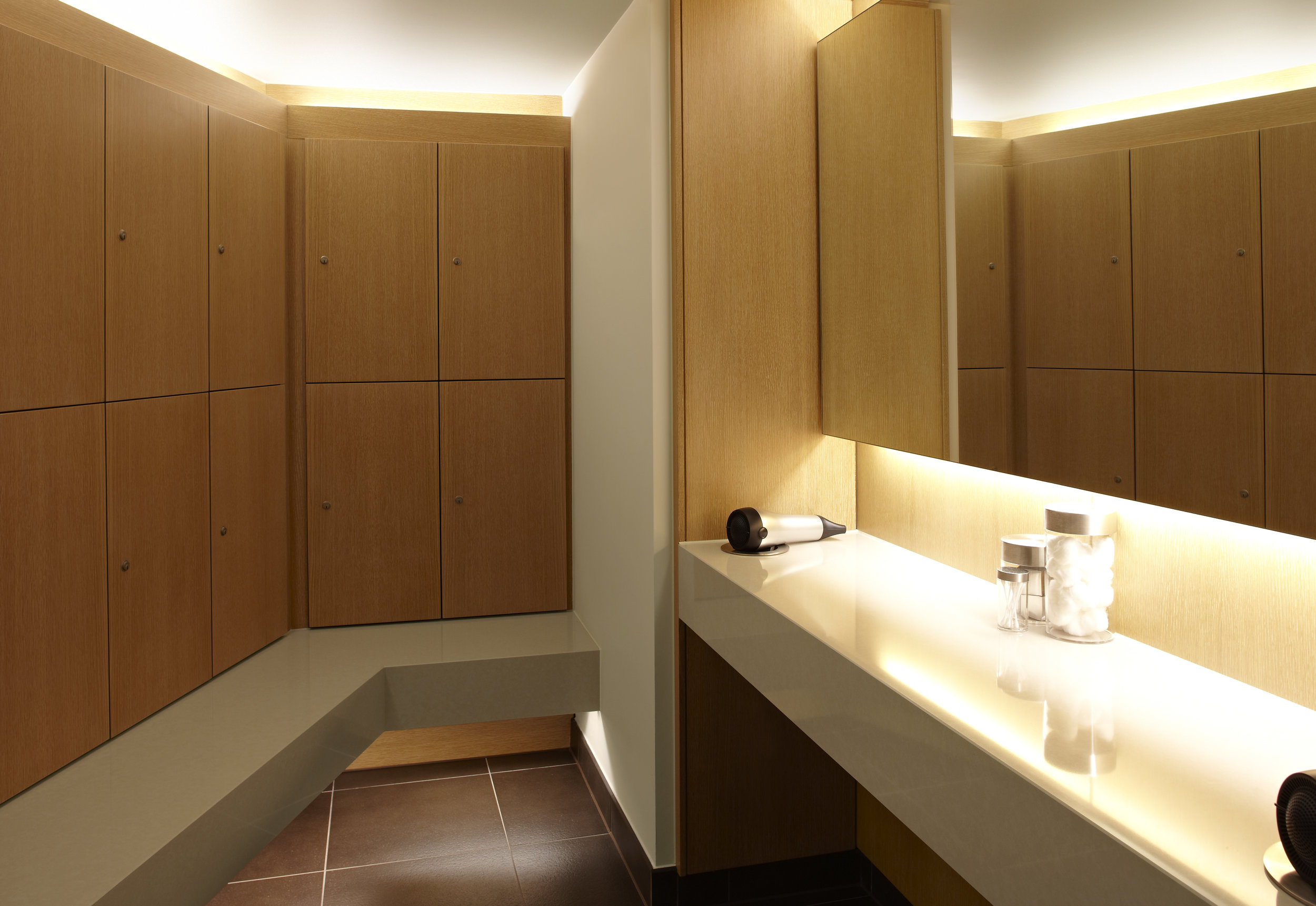 Spa verta changing and locker facilities