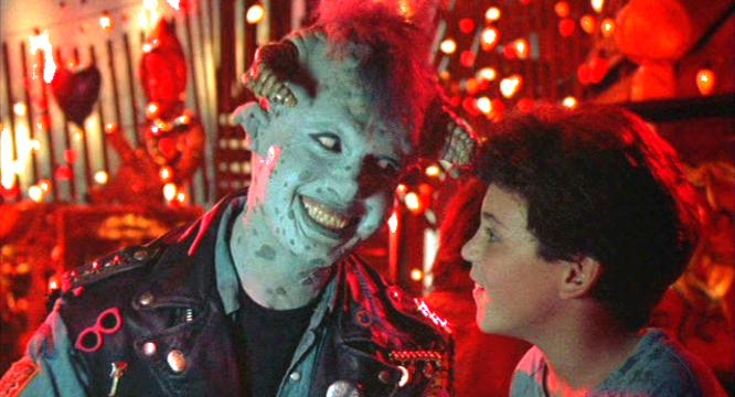 Howie Mandel and Fred Savage in Little Monsters (1989)