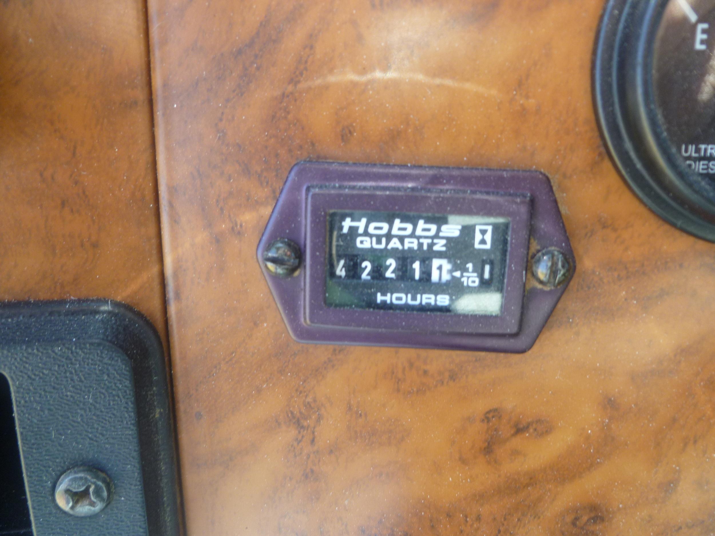 2009 Peterbilt service truck_03.JPG
