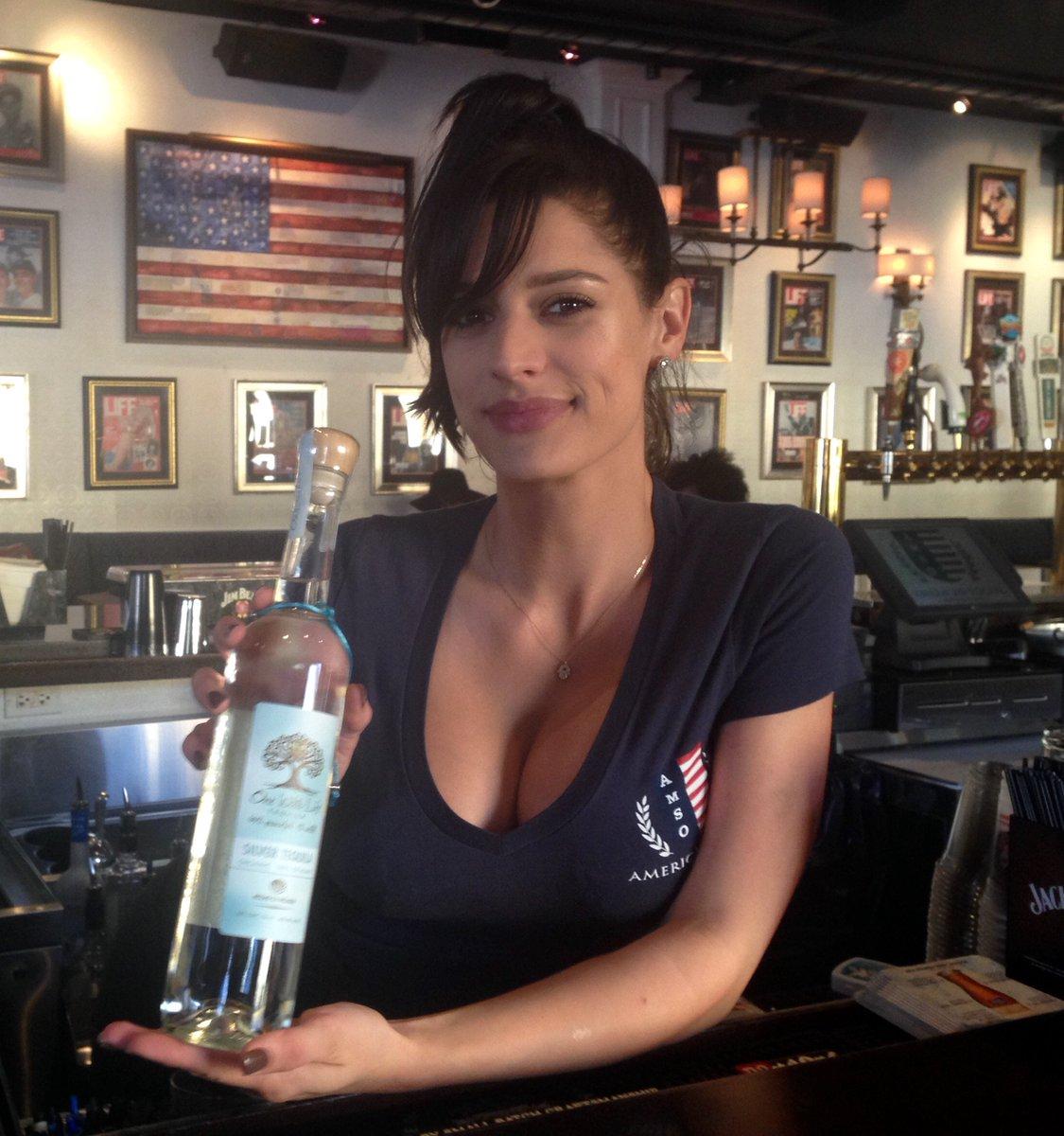 Jessica - American Social - Ft. Lauderdale