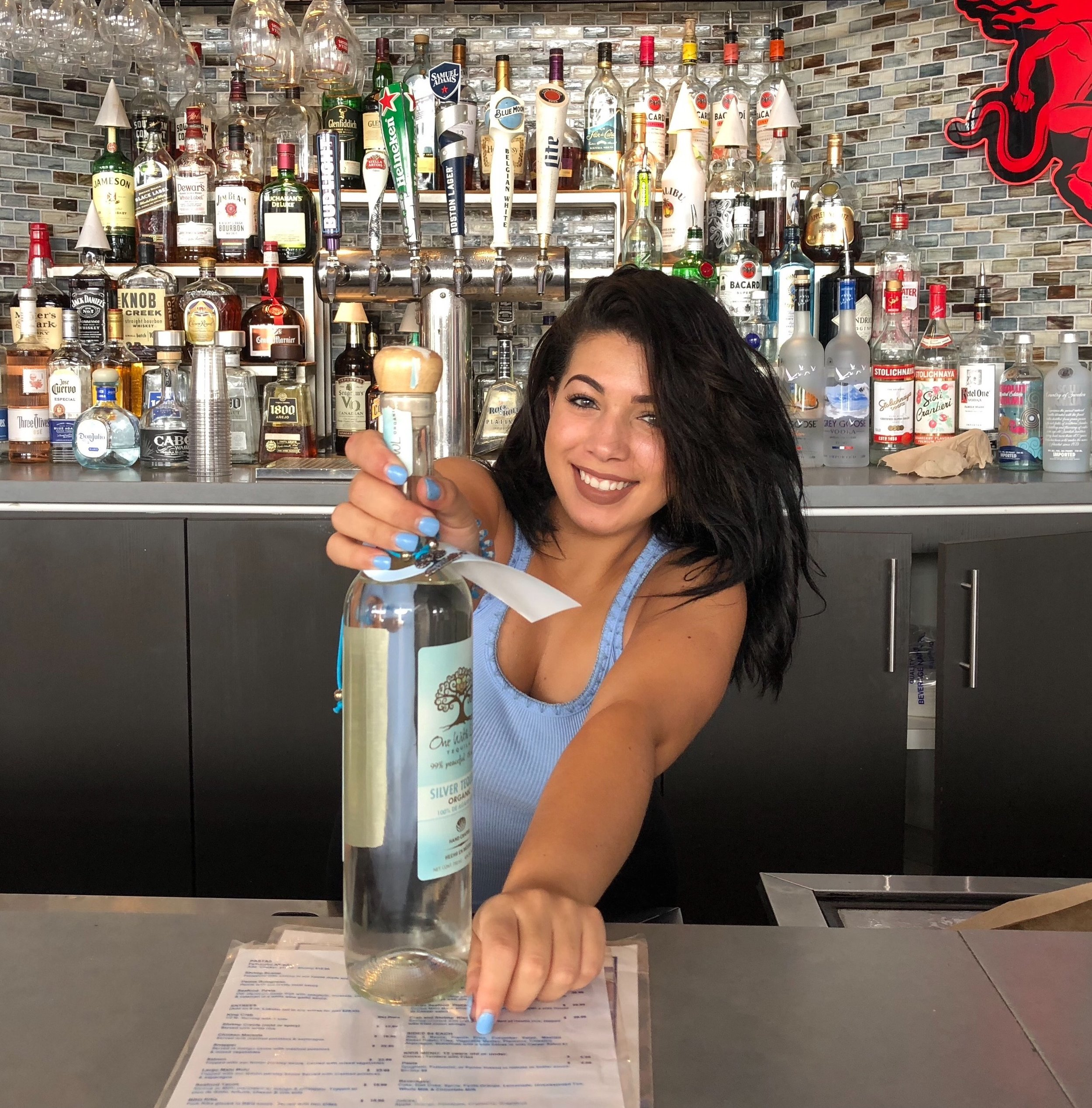 Shaelia - Largo Bar & Grill - Bayside, Miami