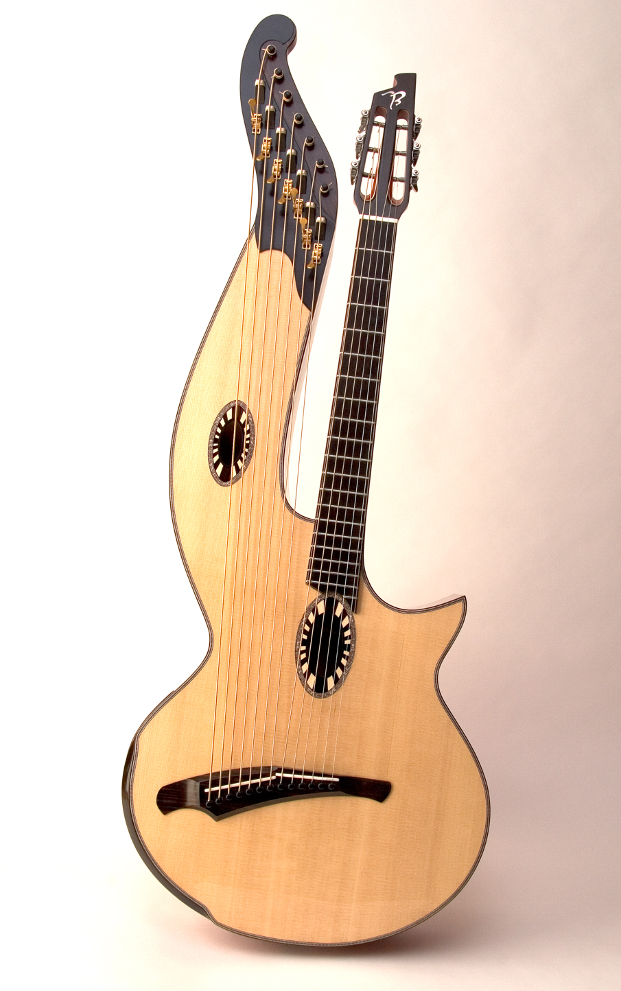 Florentine sharpie with slotted headstock (whoa...)