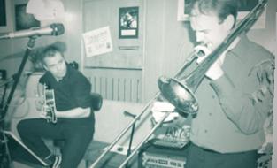 Das Jazz-Konzert in der Eisdiele begeisterte die Zuhörer