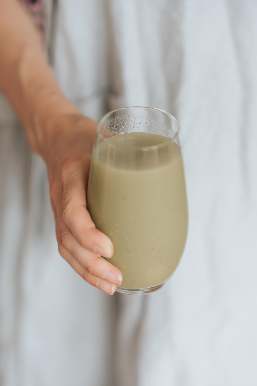 Detoxing celery juice recipe 1.jpg