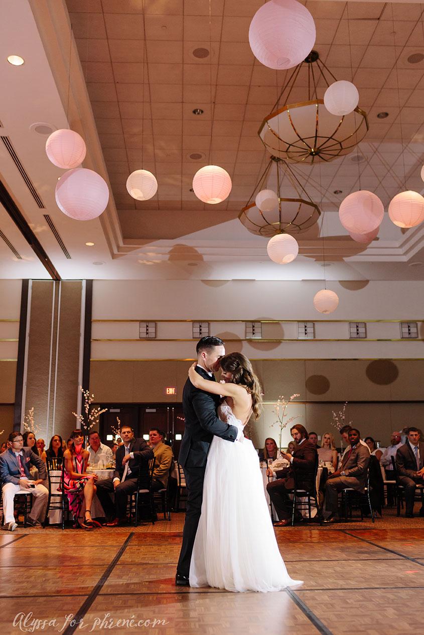 Lansing_Center_Wedding_39.jpg