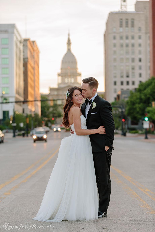 Lansing_Center_Wedding_54.jpg