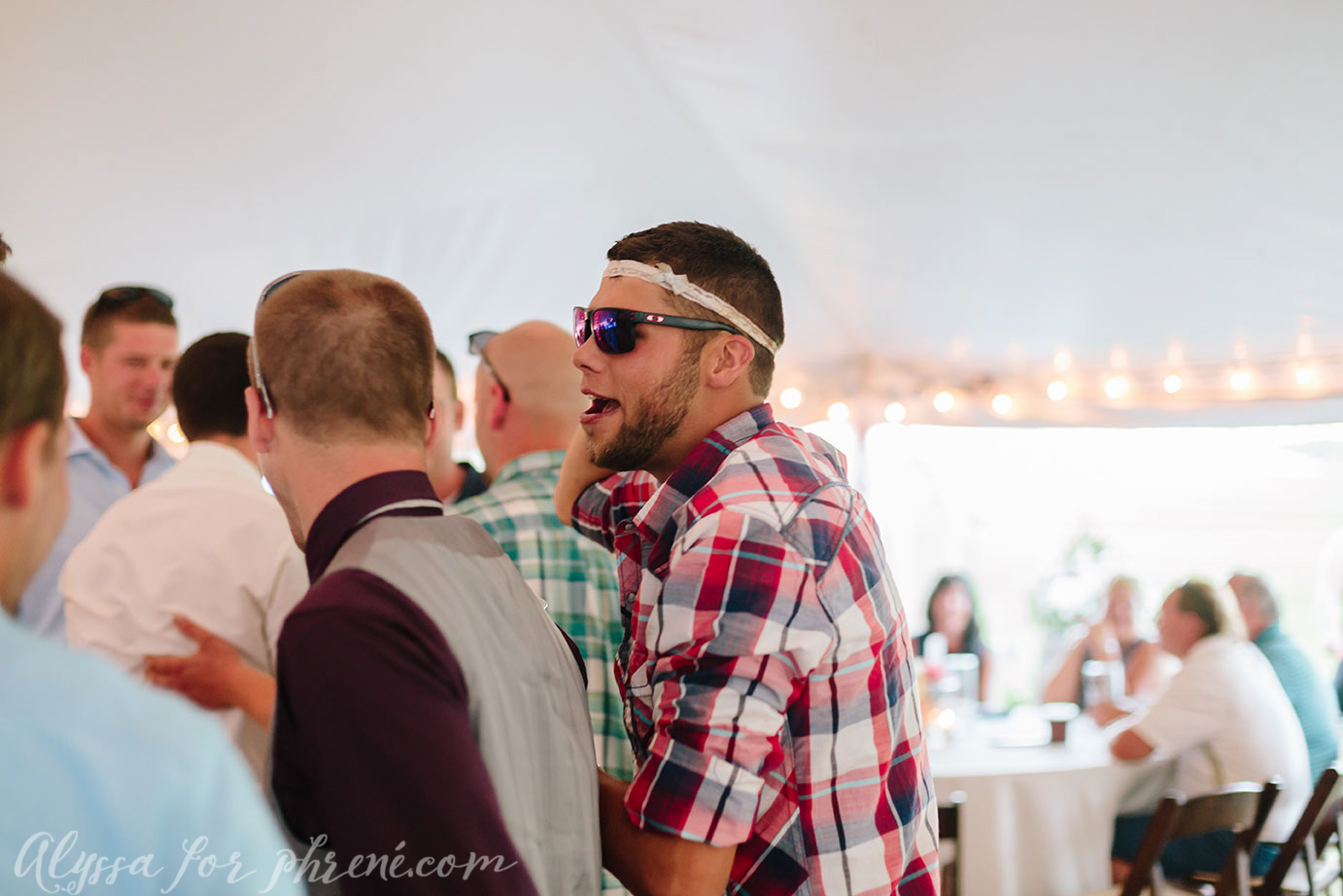 Michigan_Backyard_Wedding_130.jpg