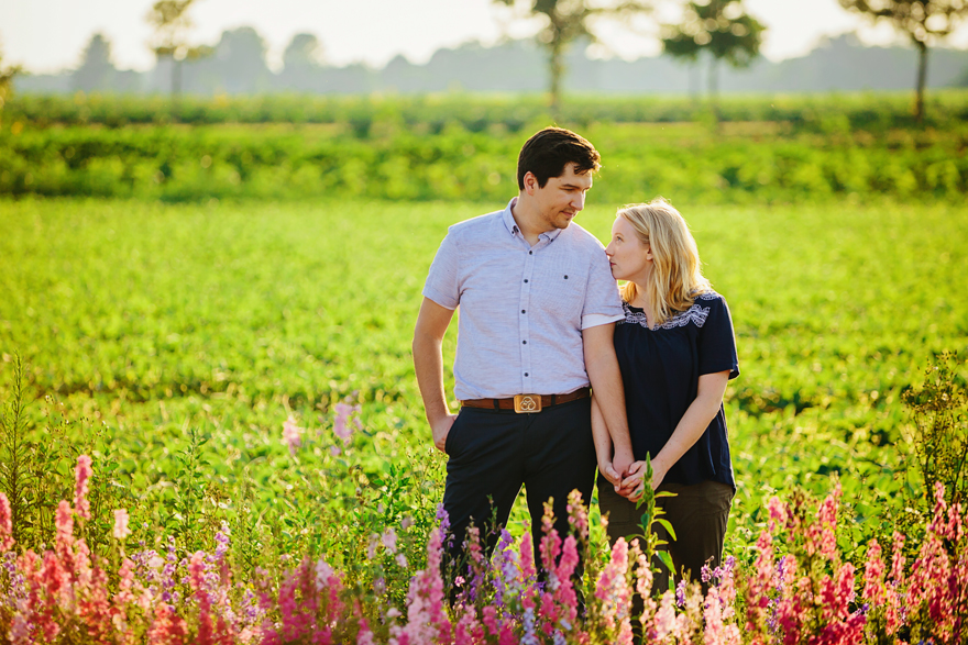 field of flowers engagement photography030.jpg
