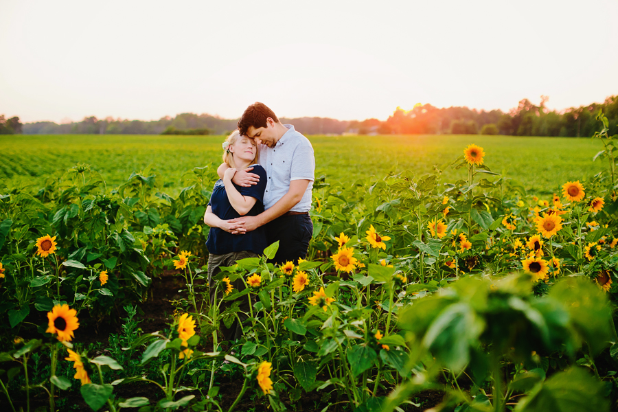 field of flowers engagement photography054.jpg