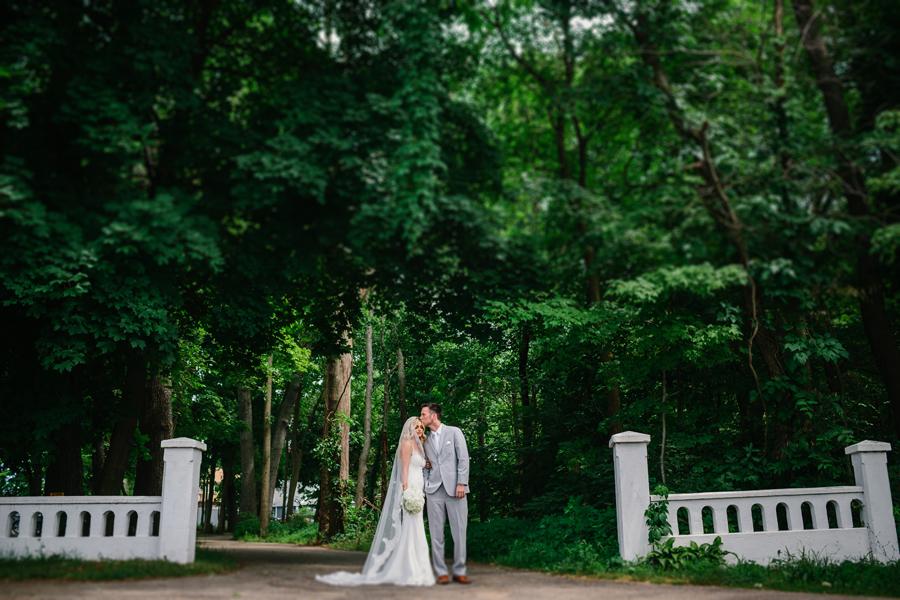 Bay Pointe Inn Wedding058.jpg