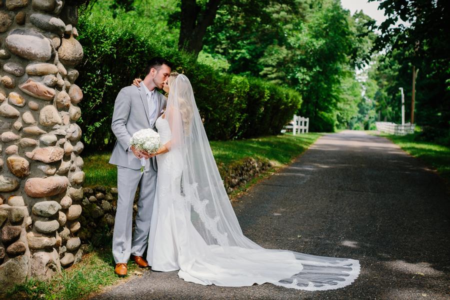 Bay Pointe Inn Wedding078.jpg