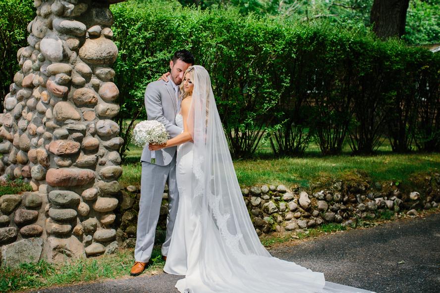 Bay Pointe Inn Wedding081.jpg