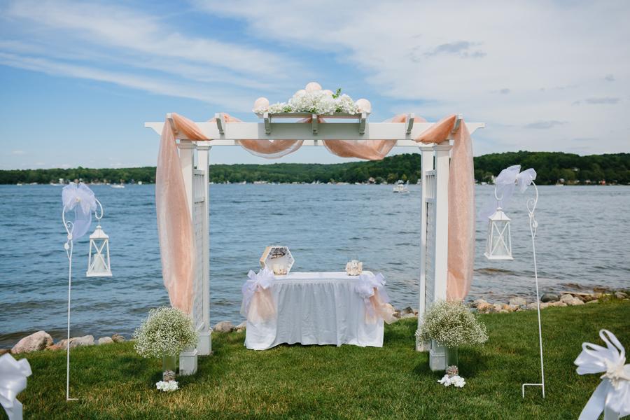 Bay Pointe Inn Wedding112.jpg