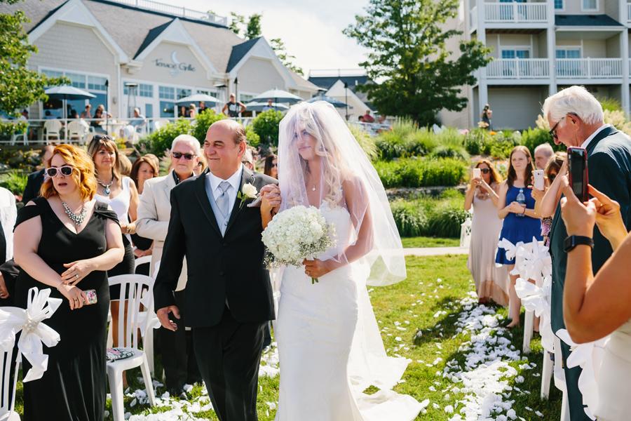 Bay Pointe Inn Wedding126.jpg