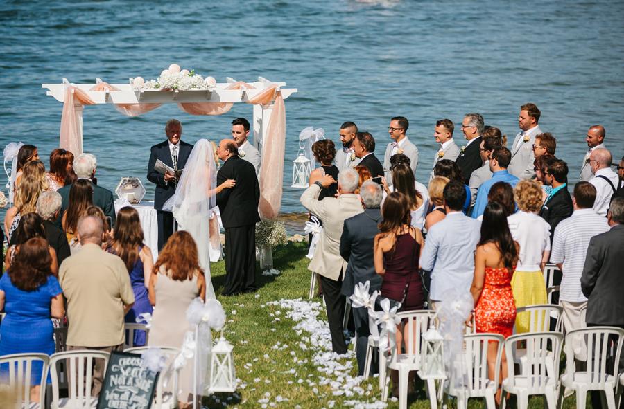 Bay Pointe Inn Wedding128.jpg
