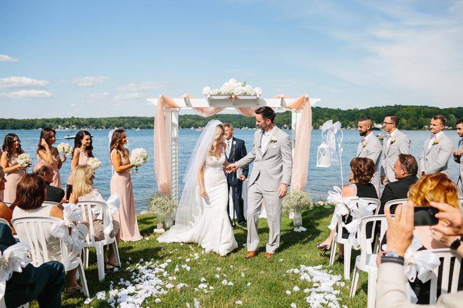 Bay Pointe Inn Wedding143.jpg