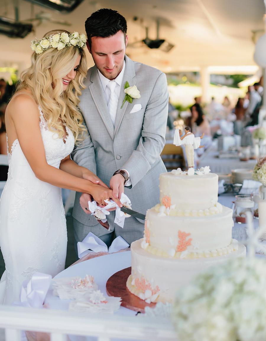 Bay Pointe Inn Wedding185.jpg