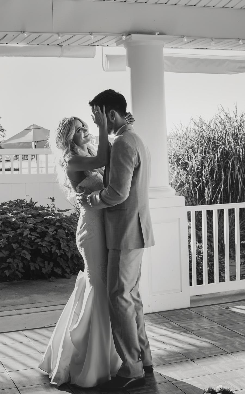 Bay Pointe Inn Wedding196.jpg