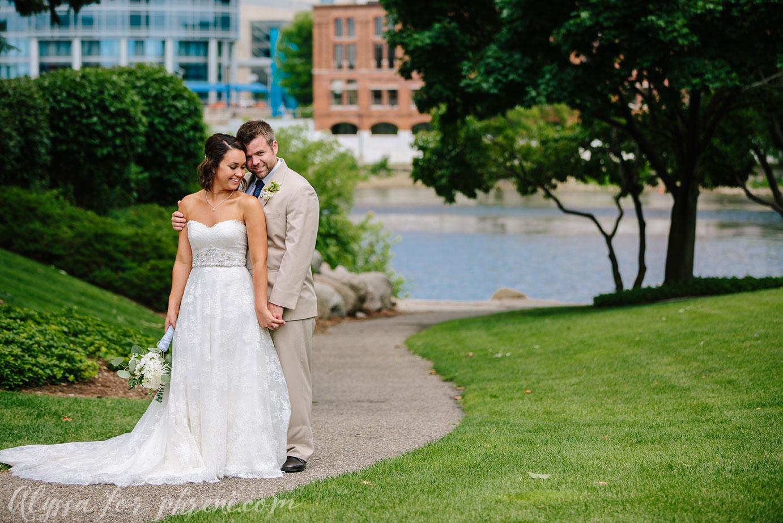 Grand_Rapids_Public_Museum_Wedding_043.jpg