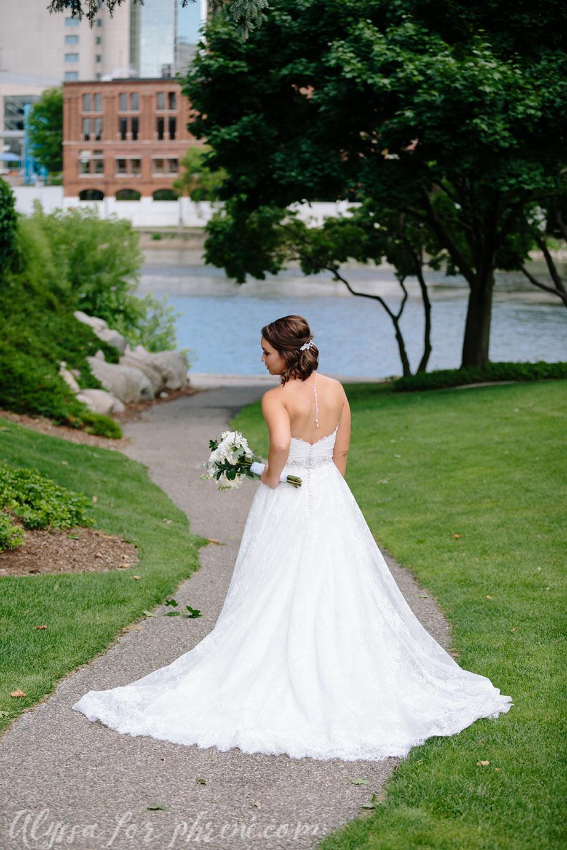 Grand_Rapids_Public_Museum_Wedding_045.jpg
