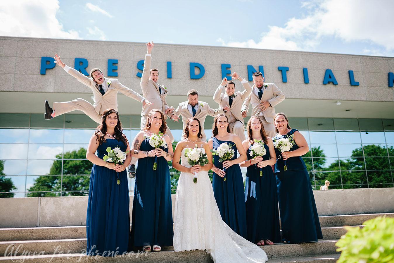 Grand_Rapids_Public_Museum_Wedding_052.jpg