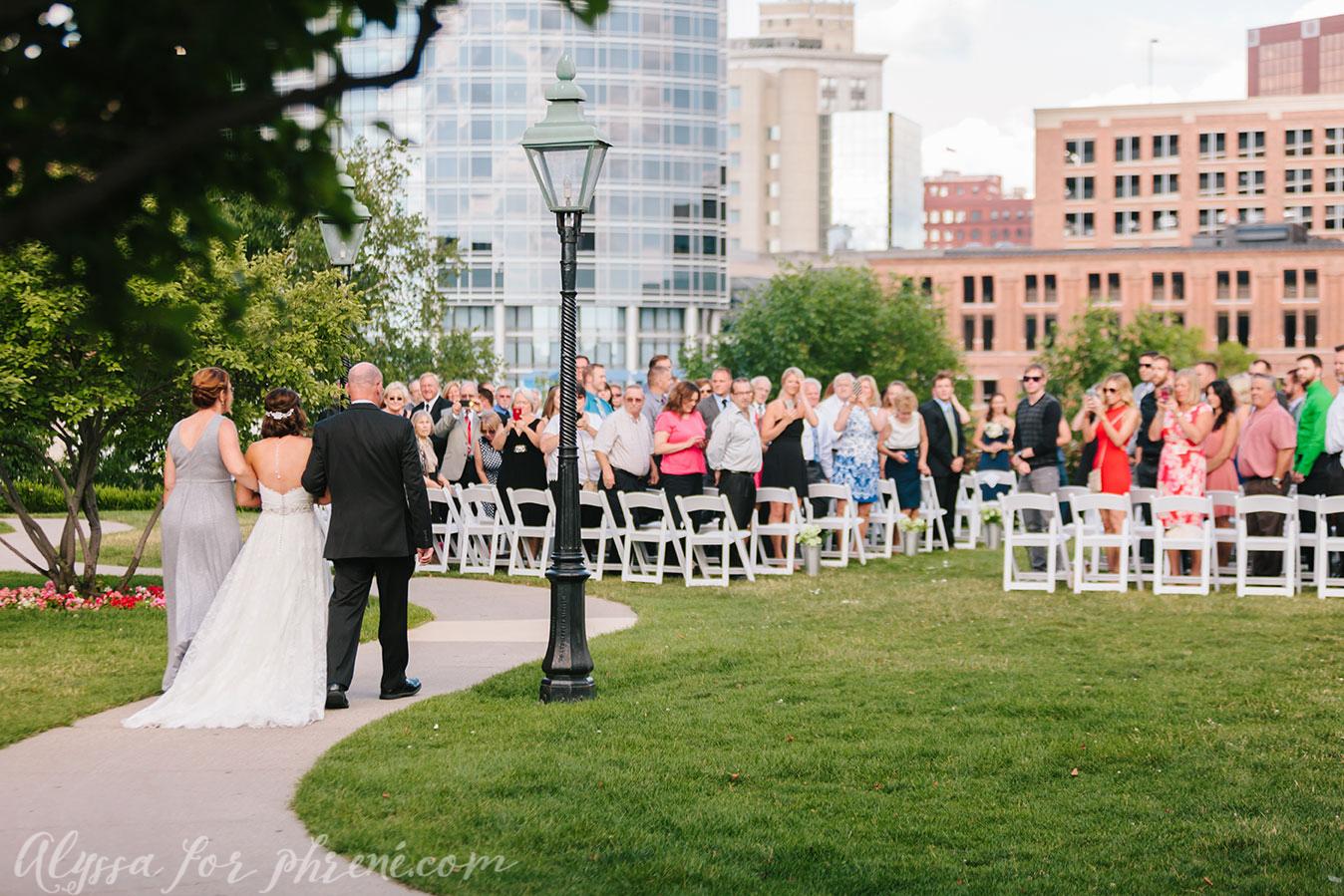 Grand_Rapids_Public_Museum_Wedding_069.jpg