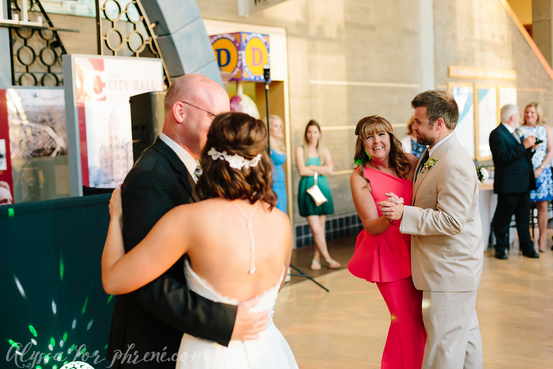 Grand_Rapids_Public_Museum_Wedding_126.jpg