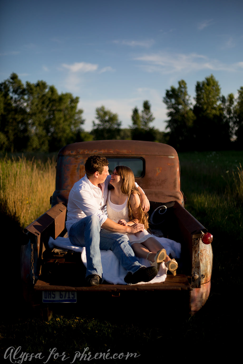 Grand_Rapids_Engagment_Photographer08.jpg