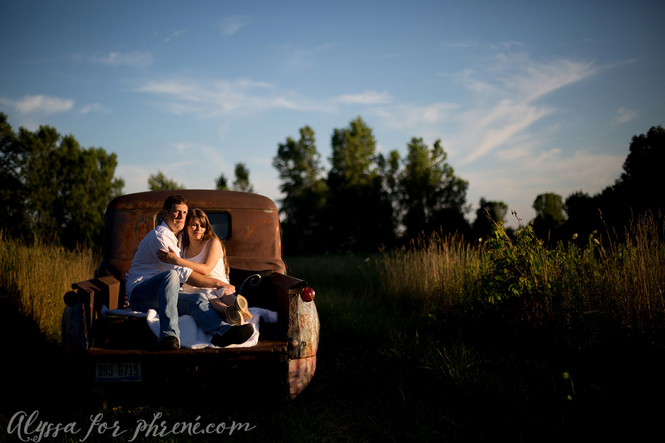 Grand_Rapids_Engagment_Photographer11.jpg