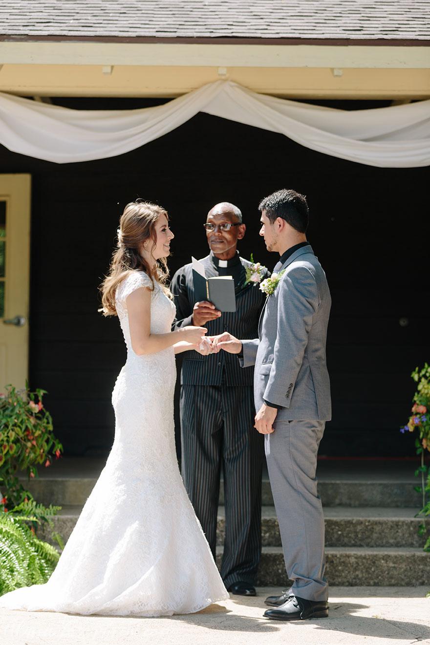 Johnson_Park_Wedding_044.jpg