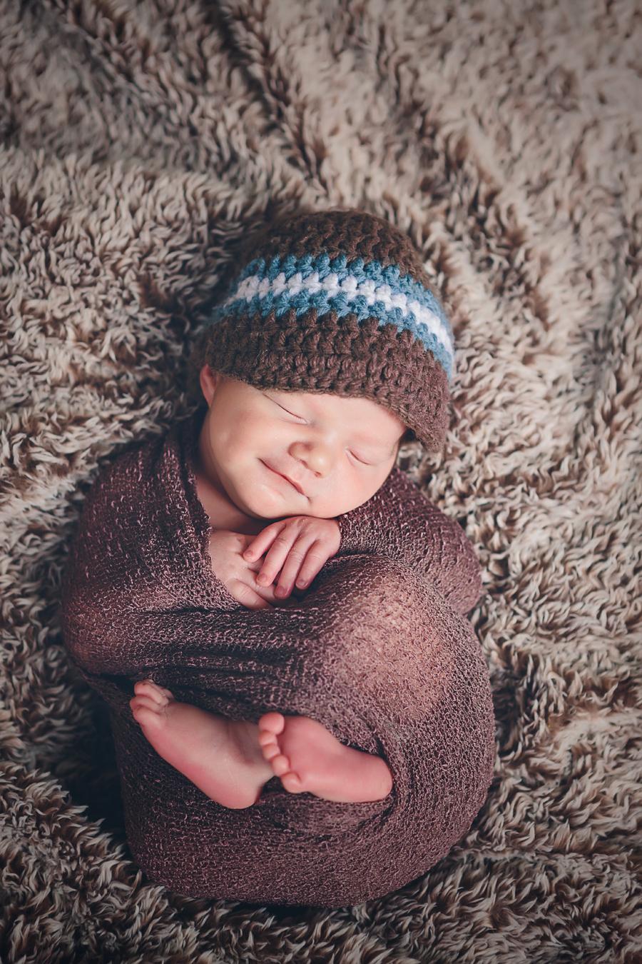 Grand Rapids Newborn Photographer004.jpg