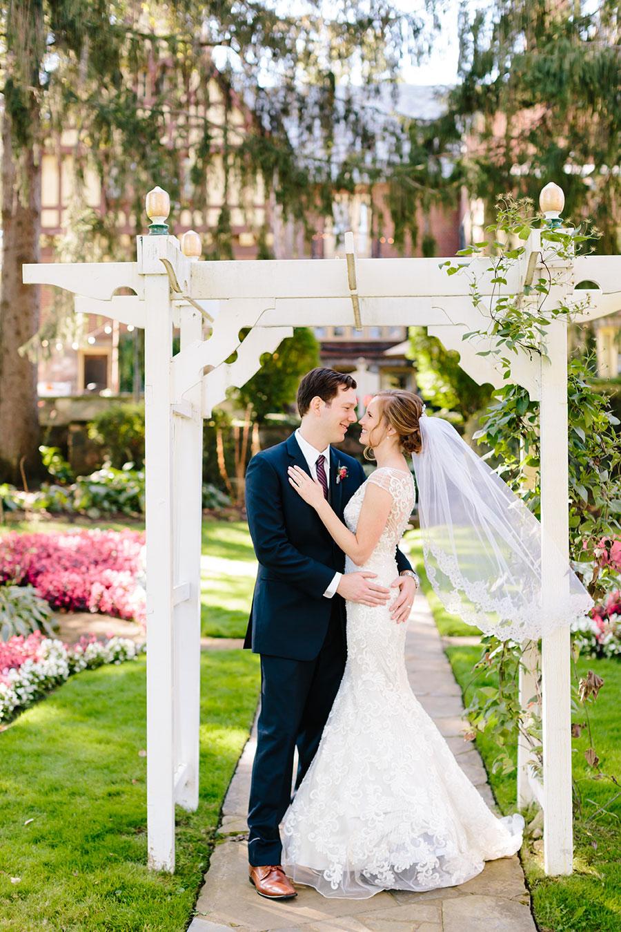 English_Inn_Wedding_042.jpg