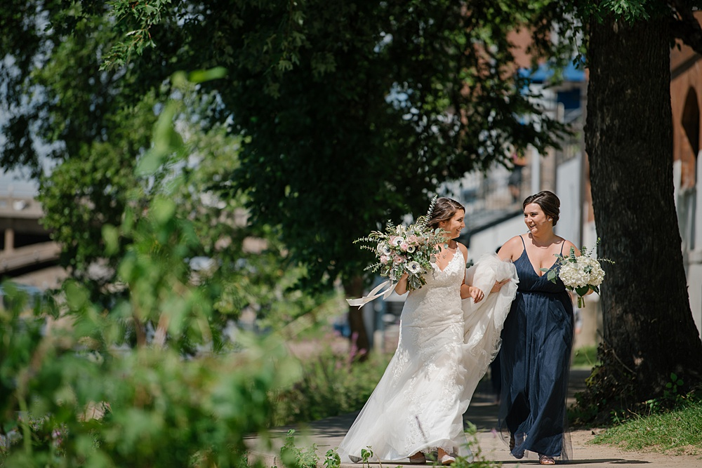 Bissell_Treehouse_Wedding_photography051.jpg