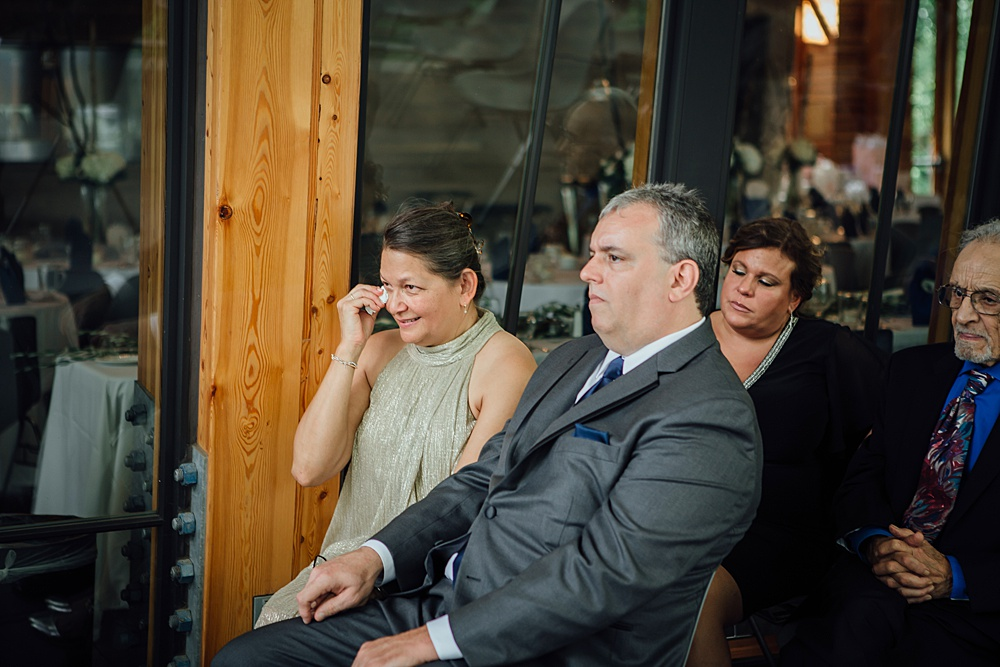 Bissell_Treehouse_Wedding_photography088.jpg