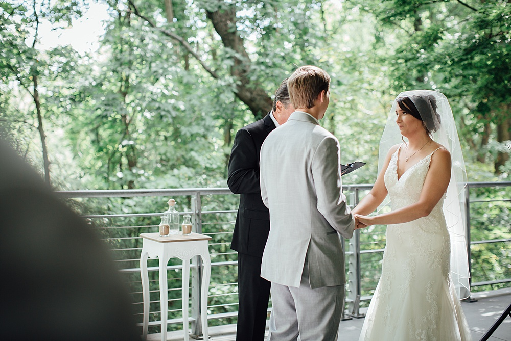 Bissell_Treehouse_Wedding_photography089.jpg