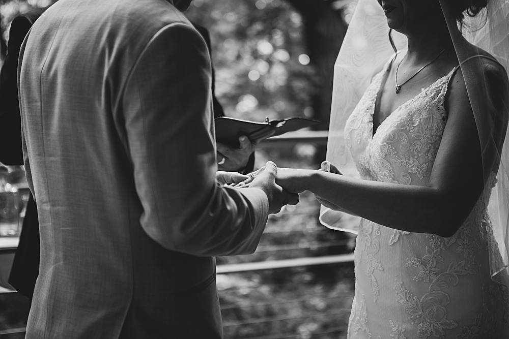 Bissell_Treehouse_Wedding_photography098.jpg