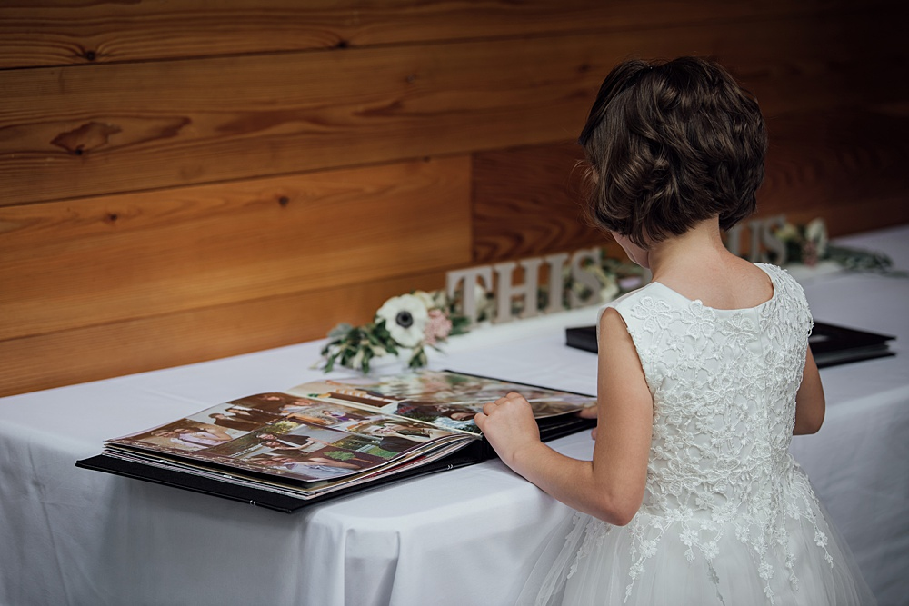 Bissell_Treehouse_Wedding_photography110.jpg