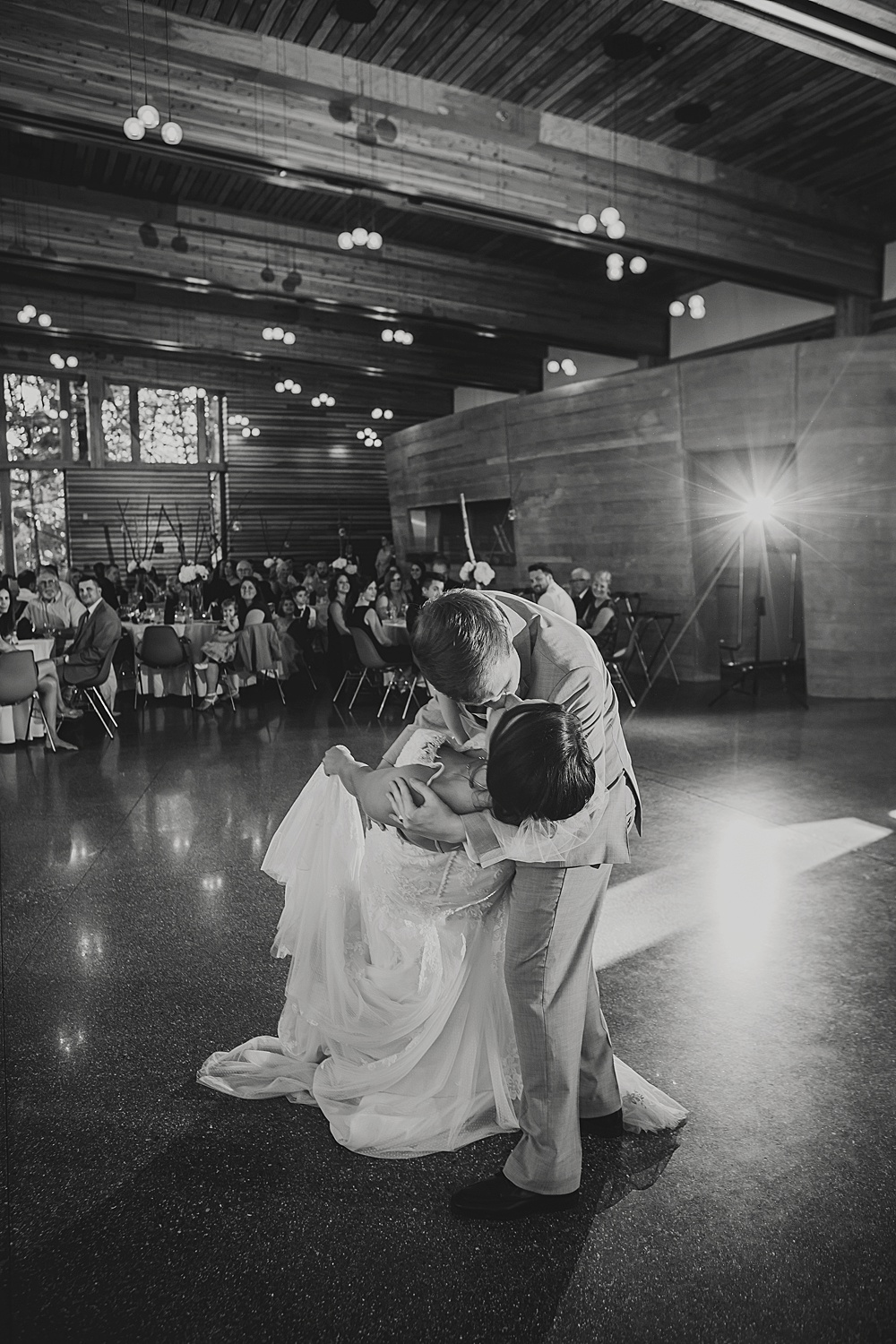 Bissell_Treehouse_Wedding_photography120.jpg
