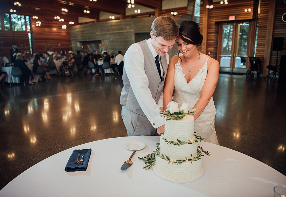 Bissell_Treehouse_Wedding_photography124.jpg