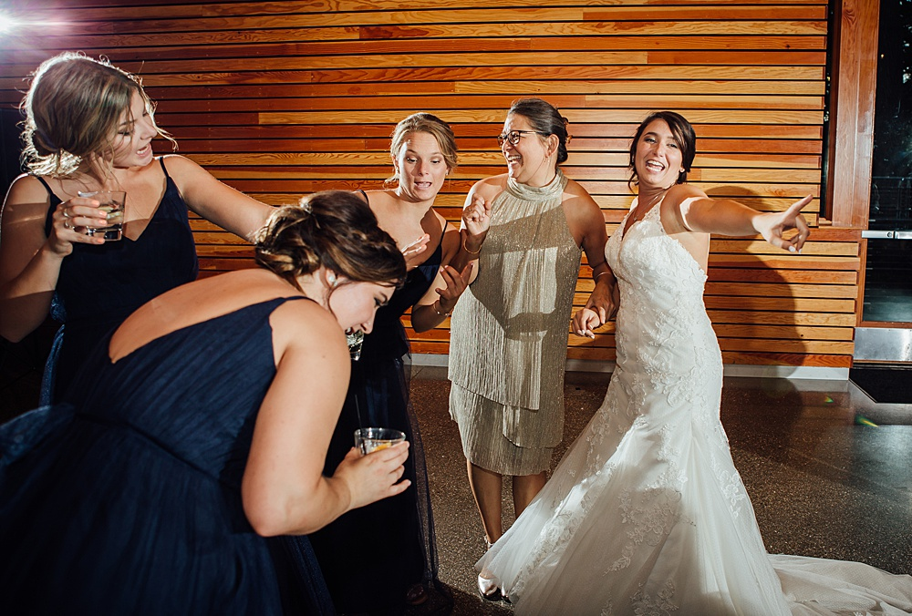 Bissell_Treehouse_Wedding_photography134.jpg