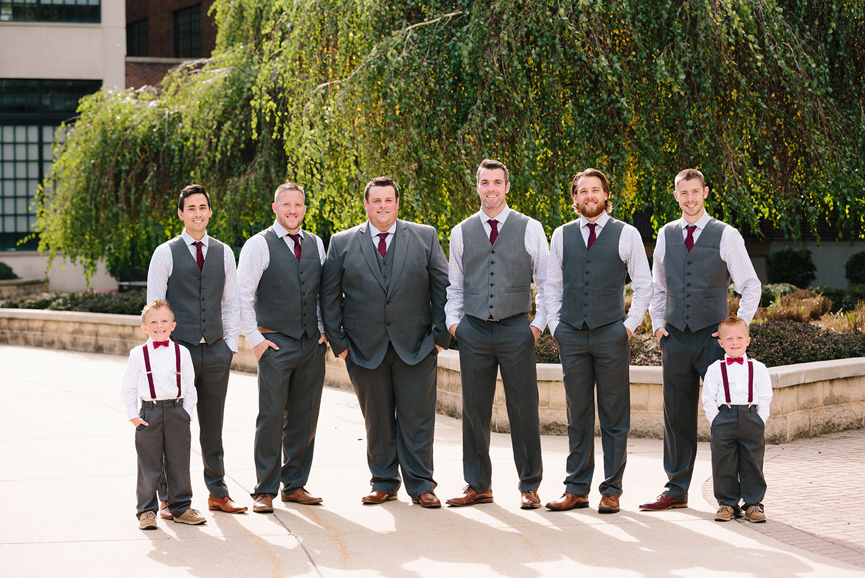 The_New_Vintage_Place_Wedding_05.jpg