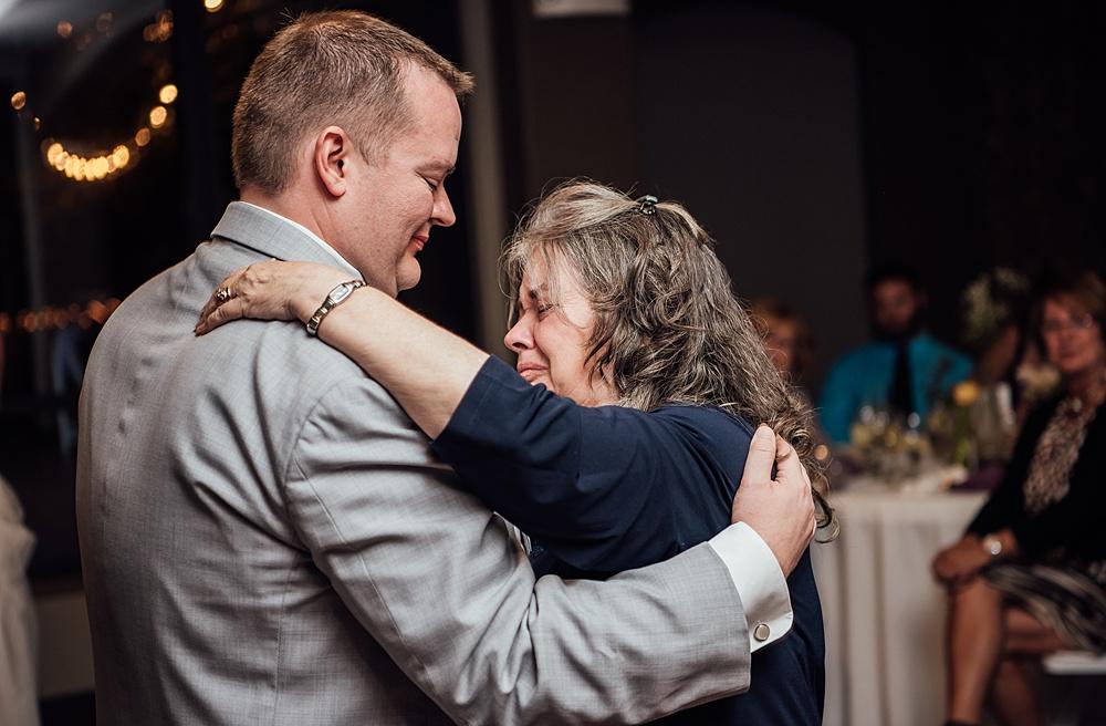 Golden_Colorado_Wedding_Photography173.jpg