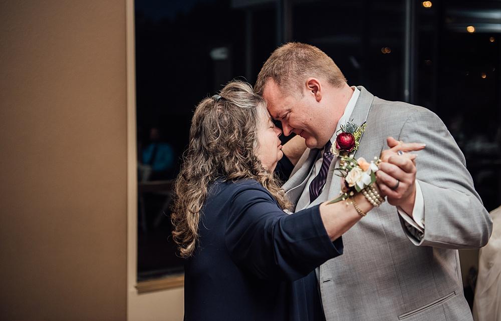Golden_Colorado_Wedding_Photography174.jpg