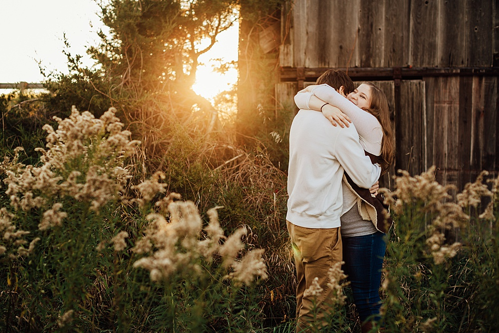 fall_apple_orchard_engagement-photography048.jpg