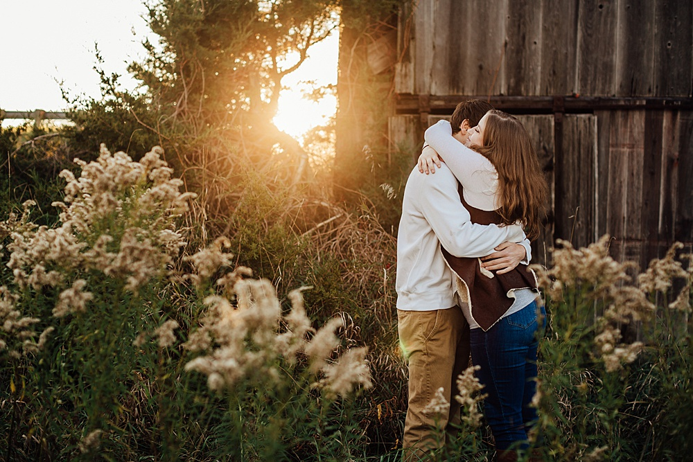 fall_apple_orchard_engagement-photography047.jpg