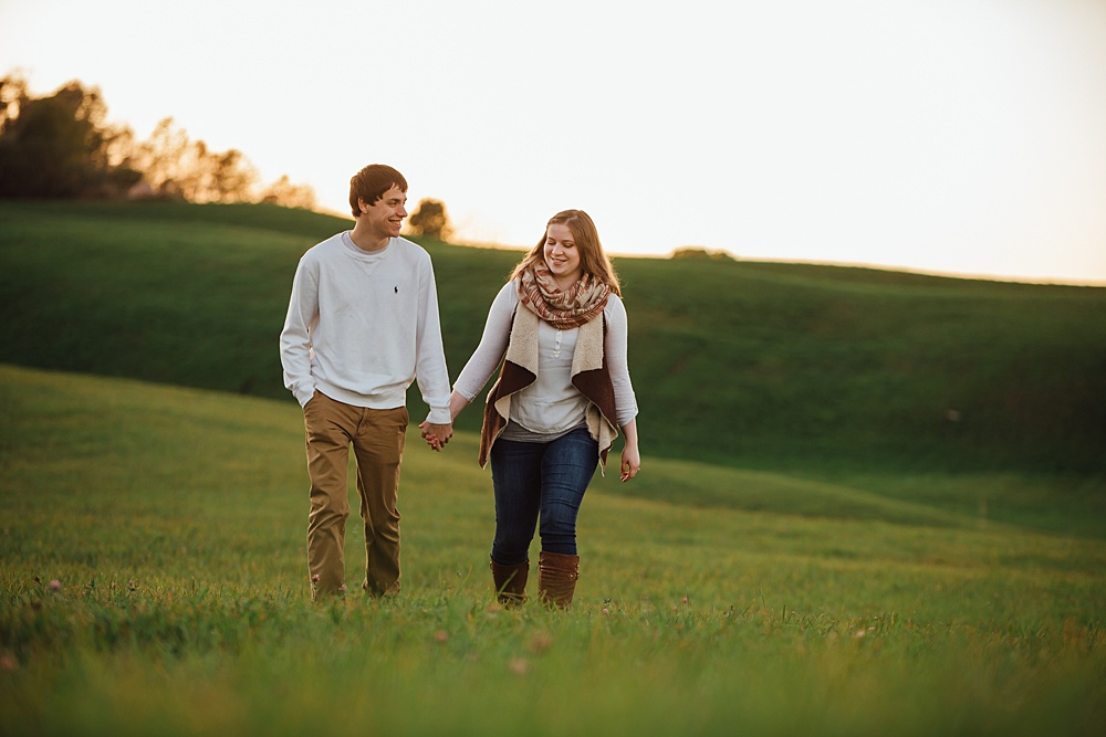 fall_apple_orchard_engagement-photography057.jpg